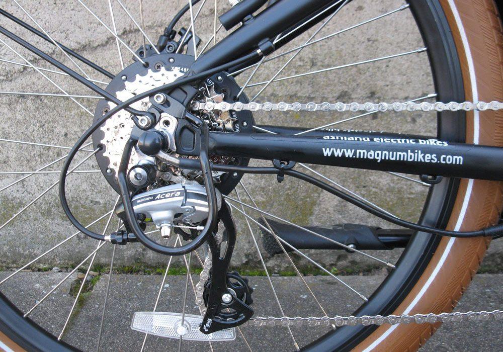 Magnum Cruiser electric bike
