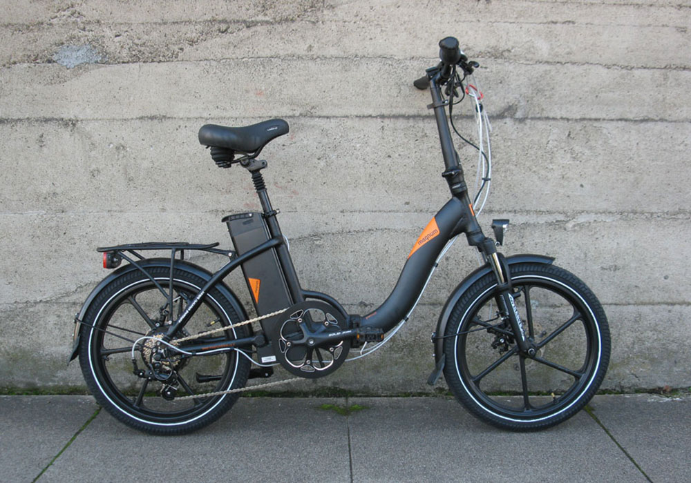 Magnum Premium Electric Folding Bike